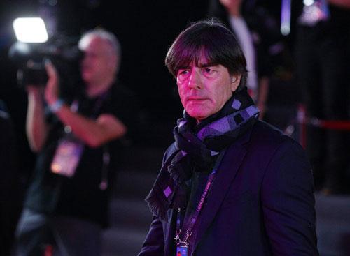 图片报:巴萨3月份邀请过勒夫执教,勒夫表示不感兴趣